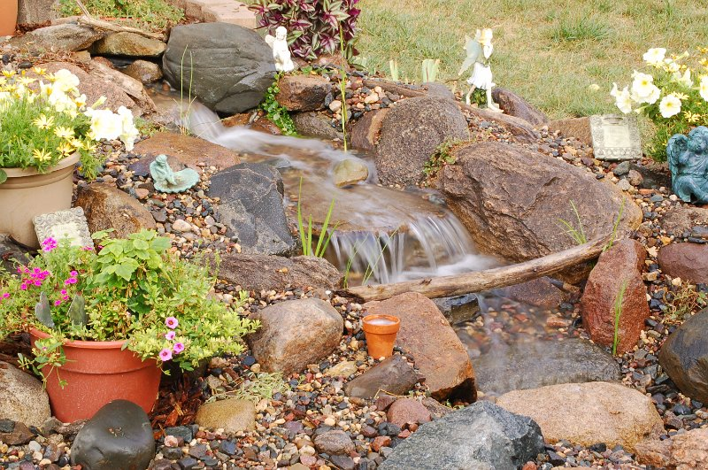 Pond Pictures Waterfalls Small Disappearing Waterfall